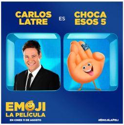 Carlos Latre -dobla a Choca esos cinco- en EMOJI