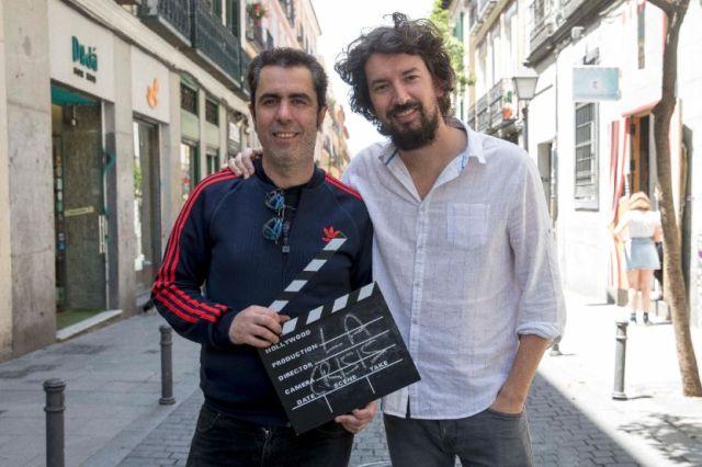 La crisis -corto- rodaje (2) Juan Sardá -iz- y Pedro Aguilera -directores-