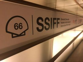 FSS 2018 - Logo en pasillo