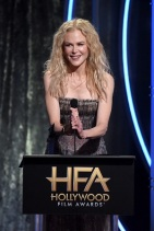 Nicole Kidman -Premios HFA Hollywood- 2018 (2)